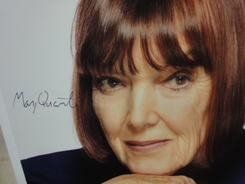quant-mary-color-photo-signed-autograph-15.gif.jpeg